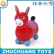 2015 caldo vendita colorati mini cavallo di plastica giocattoli animali per i bambini