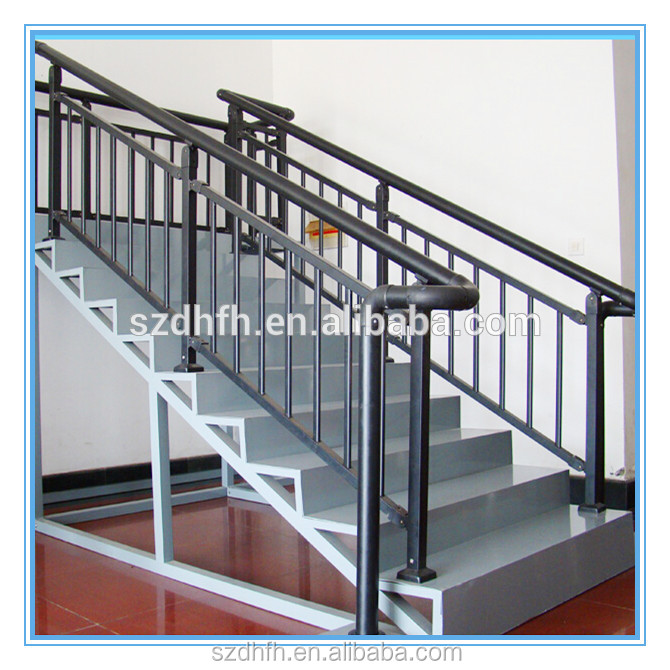 Aluminum pipe handrail fittings