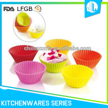 Cheap colorful silicone daily useful cupcake case