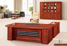 Luxury Executive Office Desk for Boss or CEO Office (FOHS-A2428)
