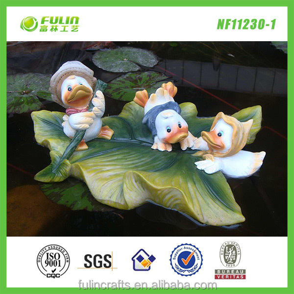 Pond floating duck garden pool ornaments for Garden pool ornaments
