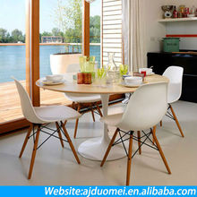 French Style PP Material and Colorful Eames Dining Chairs with Wooden Leg