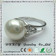 Female fashion luxury pearl ring in Sterling Silver with single ring love gift