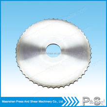 knife blade for cutting fabric
