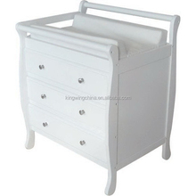 Baby sleigh change table / chest of drawers