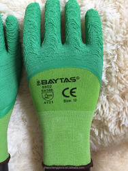 wear -resisting fome selling gloves