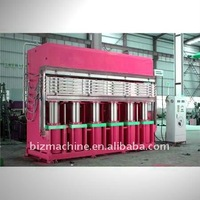 Tyre retreading hydraulic press machine