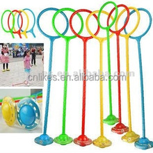 classic plastic led spinning toy