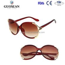 الصين الجملة المرأة في النظارات الشمسيةمخصصة المألوف النساء العلامة التجارية مصمم النظارات العدسات اللاصقة