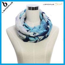 comfortable women's winter infinity scarf