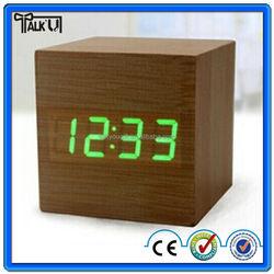 2015 Hot selling cube digital led wooden Desk clocks with alarm