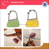 Antique Theme Golden Pu Leather Veneer Bag Design Lock Shape Folding Purse Handbag Holders Purse Bag Hook for Table Holder Bag