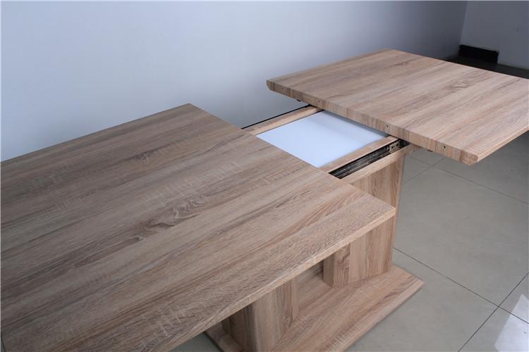 Tavolo da pranzo quadrato design for Tavolo quadrato 8 posti