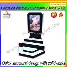 New Design make up acrylic LCD POP display