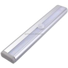 Hot vente sans fil PIR Motion Sensor armoire penderie tiroir escalier batterie Power 10LED Strip Light Bar blanc / blanc chaud lampe