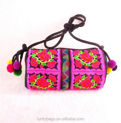 New fashion embroidery designs elegance bags spring lady bags