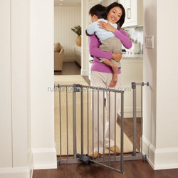RH-4774 North States Slide-Step Open Hands Free Wall Mounted Pet Baby Child Dog Gate