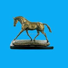 Best Sale gold cast bronze Resin horse sculpture statue
