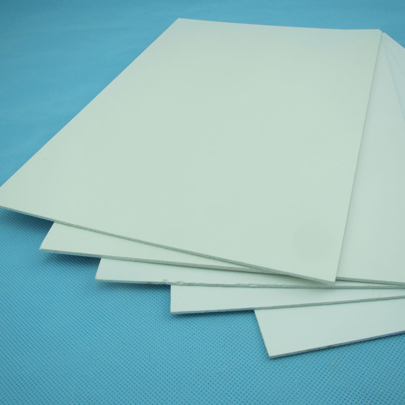 Frp smooth plate heat resistant roofing plate composite for Is fiberglass heat resistant