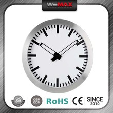 Lightweight 2015 Hot Selling Old Style Bars Decoration Metal Time Flying Clock Magnet Ball Wall Clock