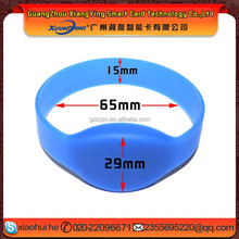 NFC good quality & waterproof passive nfc rfid chip tag silicon wristband