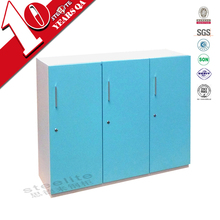 lateral 3 door kids personal effects storage steel wardrobe / colored children wardrobe lockers
