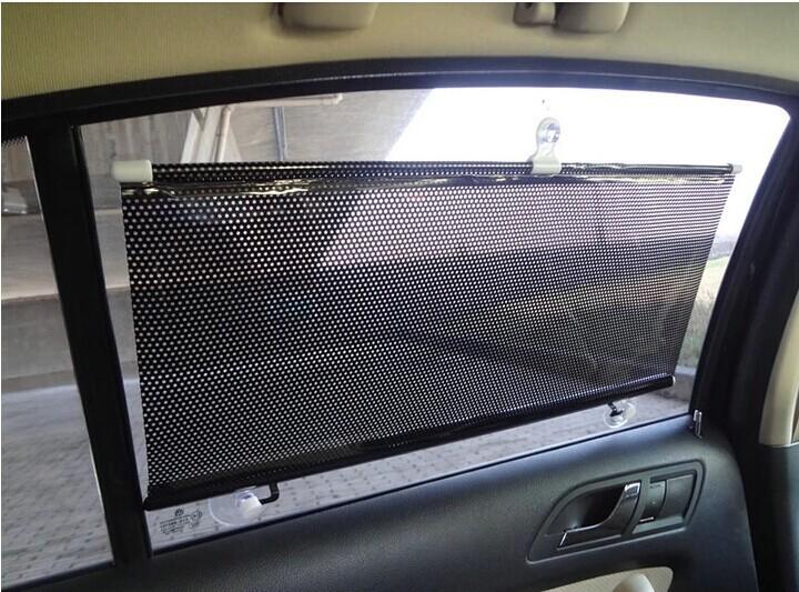 Защита от солнца для заднего стекла авто OEM 50 * 125 .