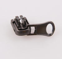 Fashion brass zipper metal sprinkler head zipper puller metal lion head