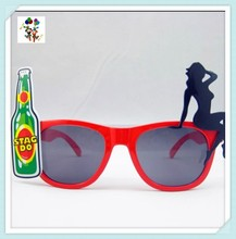 Wine and Beauty Cheap Plastic Stag Do Crazy Party Glasses HPC-0658