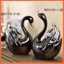 NHTC739 alta del servicio de cerámica escultura del cisne por un presente