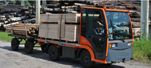 Made-in-Poland electric truck,platform truck,cargo transport vehicle
