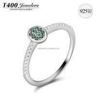 T400 jewelry Ring of 925 Sterling Silver with small Zirconia made from Swarovski Elements 4306