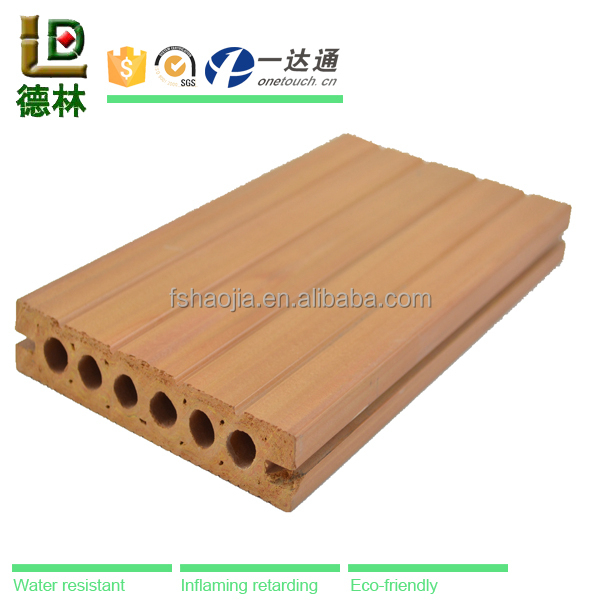 High Quanlity Pvc Anti Slip Wood Plastic Composite Floor