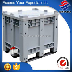 plastic container with lock and key, large industrial plastic container