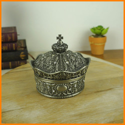 European roses carved diamond crown princess jewelry box zinc alloy jewelry box stock 2134 L / P