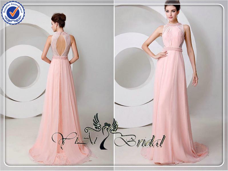 Abiti lunghi eleganti rosa