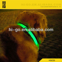 LED dog collar with flashing at night with nylon
