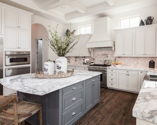 White Lacquer Kitchen Cabinets Country Kitchen Clean And Simple