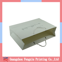 Customized White Shopping Paper Gift Bags With Hot Stamping