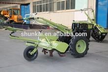 multifuncional de la agricultura para caminar de la mano del tractor