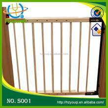 Pet friendly baby gate with hot sale style