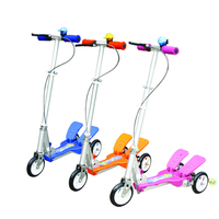 three wheel scooter with steering wheel cover