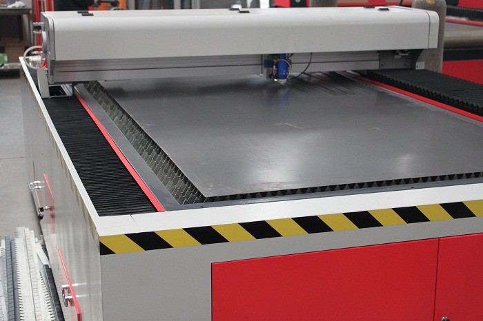 ЧПУ станок для лазерной резки для нержавеющей стали и 20 мм акрилового листа 2 мм