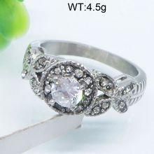Fancy and original 3 carat diamond solitaire ring