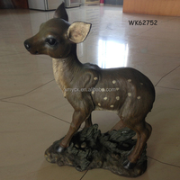 Wholesale lovely resin small deer figurines