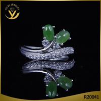 Wholesale new design unique jade stone ring in 925 silver jewelry