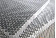 Nid d'abeille d'aluminium pour Train / camion panneaux