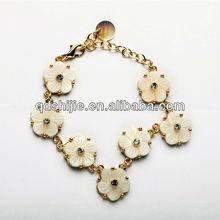 No 1 Design Golden Chains Bloom Jewelry Bracelets