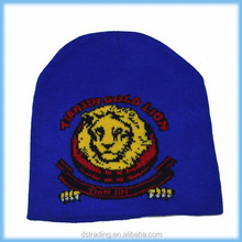 Wholesale knitted man soccer hat with cheap price