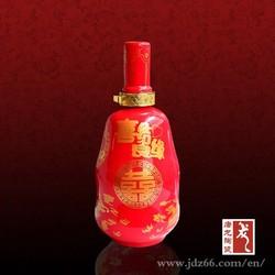 Beautiful design excellent quality red glazed ceramic antique liquor bottles for wedding